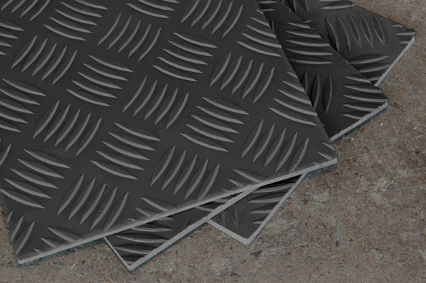 5 Bar Checker Plate Matting Selected by Automotive Supplier
